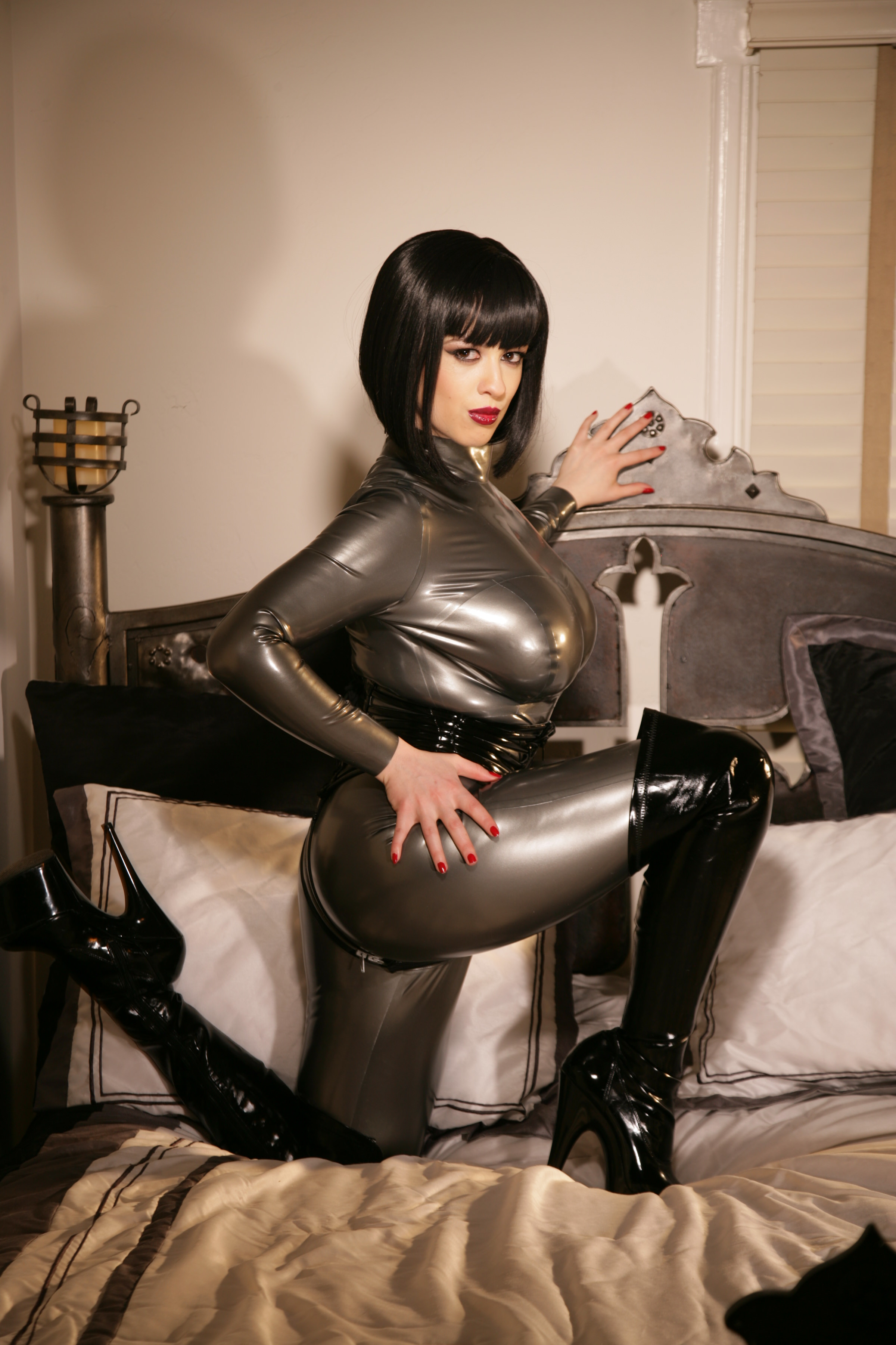 Be A Good Boy, And I'll Let You Shine My Catsuit. Queen Larkin Love In Silver Latex.