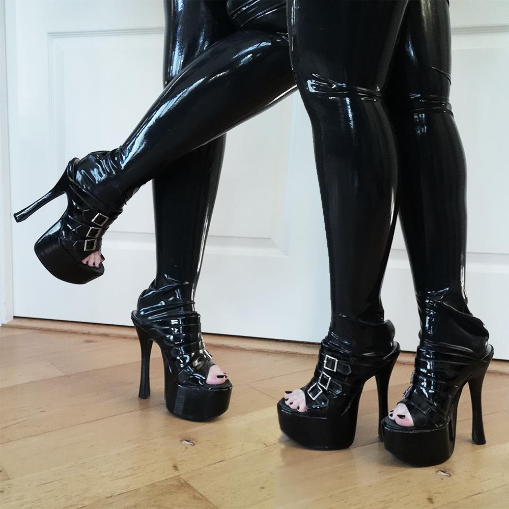 Love The Combo Of Shiny Heels With Shiny Thigh Highs ❤️