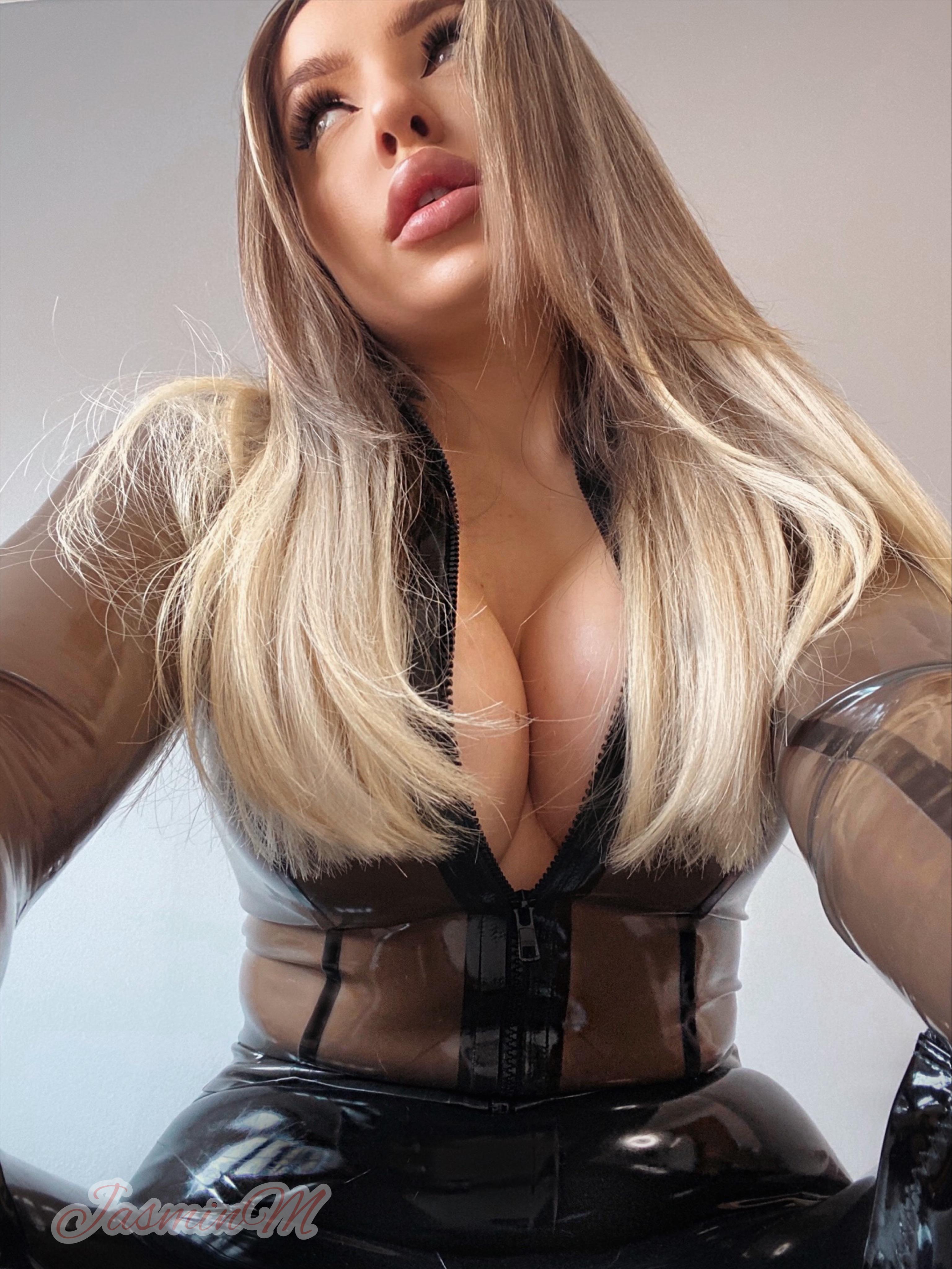 Mistress Jasmin Wants You To Shine Her Latex ?