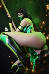 Jade From Mortal Kombat Cosplay! Are You Excited For The New Film? -by Kate Key