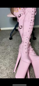 My Favorite Shiny Boots ? Don't You Want To Worship Them?