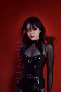 Scarlet (@Jiuweiweiwei)