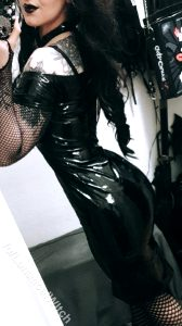 Shiny Dress Is To Attract You, Fishnet Is To Catch You. Perfect Combination In My Opinion ?