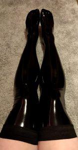 Shiny Stockings ❤️❤️