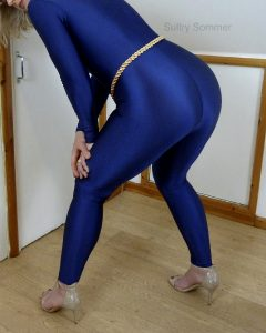 Some Blue Shiny Spandex Booty For Your Weekend 😘