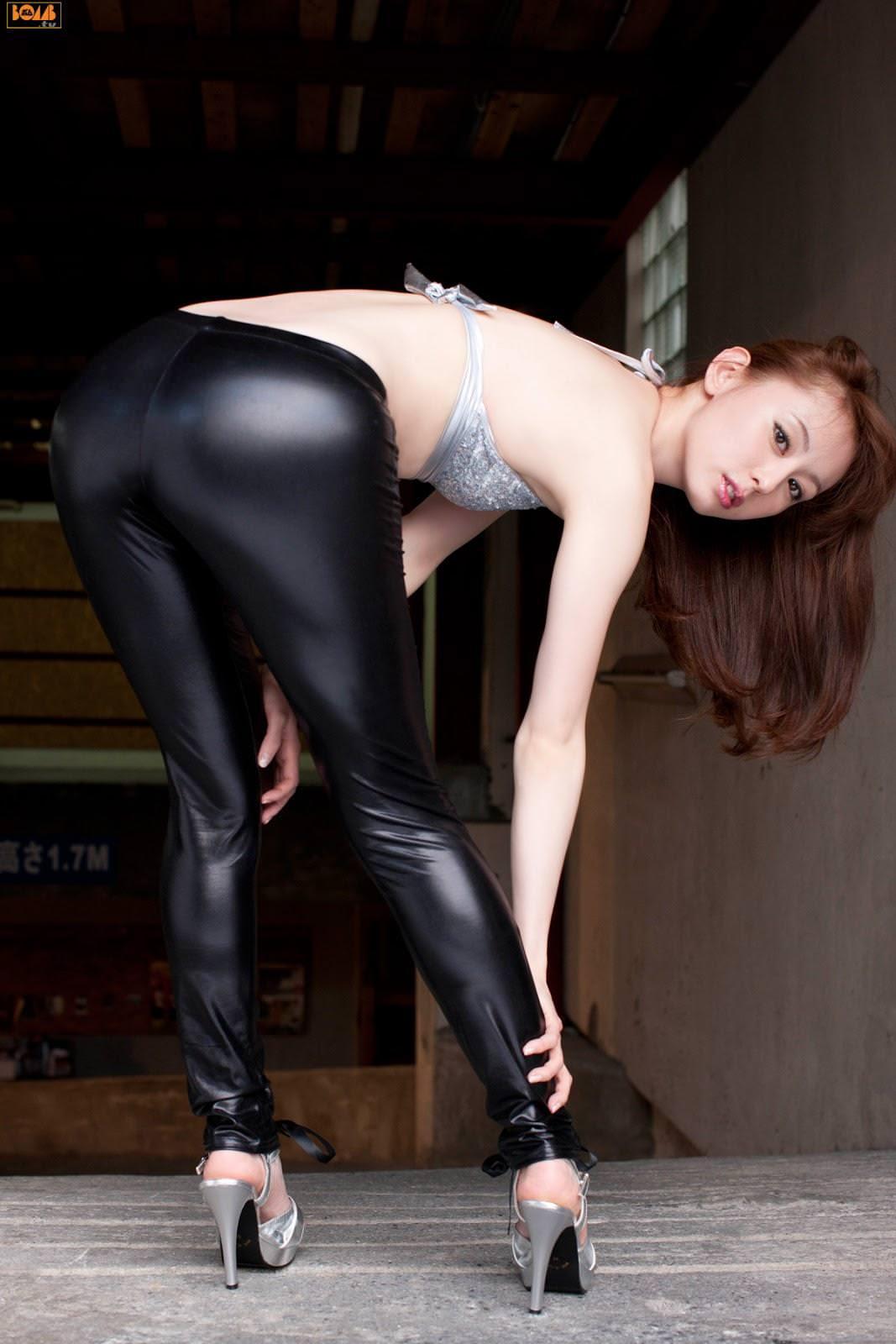 Rina Akiyama – Tight Black